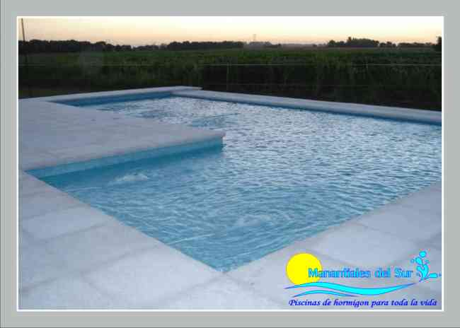 Construccion de piscinas de hormigon armado concepci n for Construccion de piscinas en uruguay