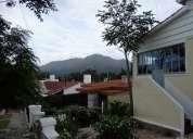 Alquilo linda casa en capilla del monte. hermosa vista al cerro uritorco