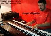 Piano, teclados, organo, clases