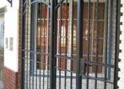 Puerta reja antigua,impecable!