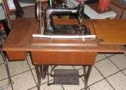 Vendo mueble de maquina de coser $550.
