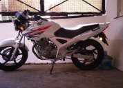 Vendo honda twister 250 2013,buen estado!