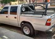 Excelente camioneta isuzu 2000