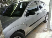 Vendo focus 2008 full,contactarse.