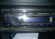 Excelente stereo  tarjeta de memoria 8gb