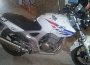 Vendo moto honda twister 250cc.contactarse.