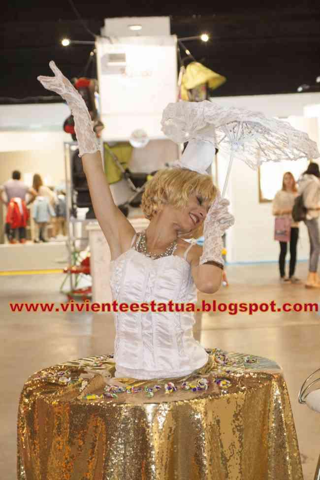 estatuas vivientes mesas vivientes artistas para eventos