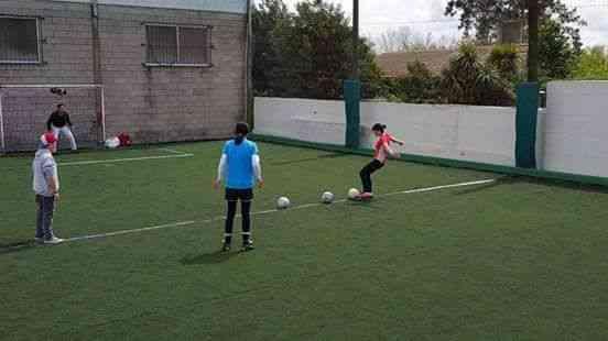Clases y Entrenamiento de Futbol Femenino. d0b51da00be5a