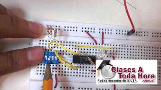 Clases de técnicas digitales y electrotecnia Secundario - Universitario