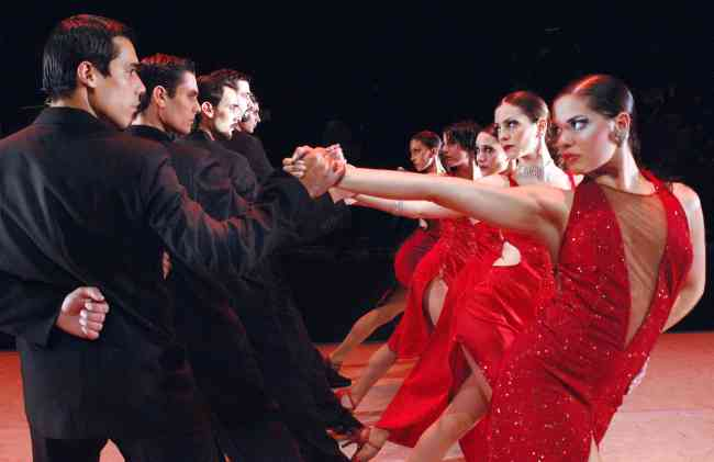 profesor clases particulares vals rock tango cumbia cuarteto bachata salsa zumba reggaeton milonga