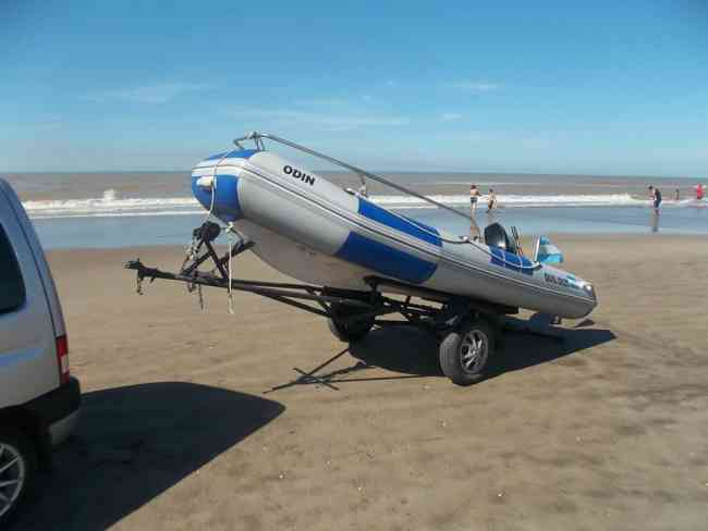 bote con mercuri 32hp trailer 2013 permuto x vehiculos de mi interes