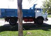 Excelente camión volcador