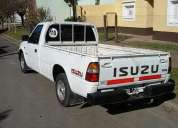 Excelente isuzu pick up 2.5 turbodiesel