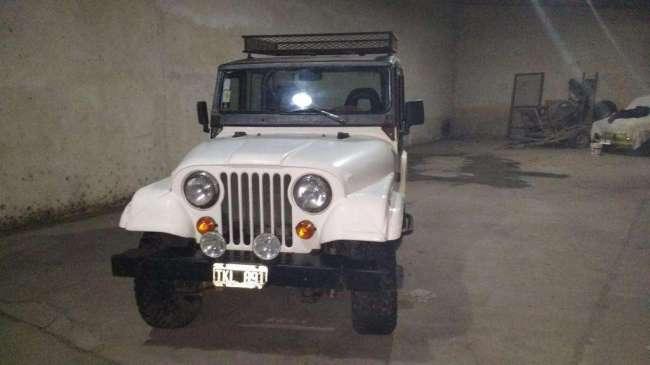Vendo jeep ika de fibra