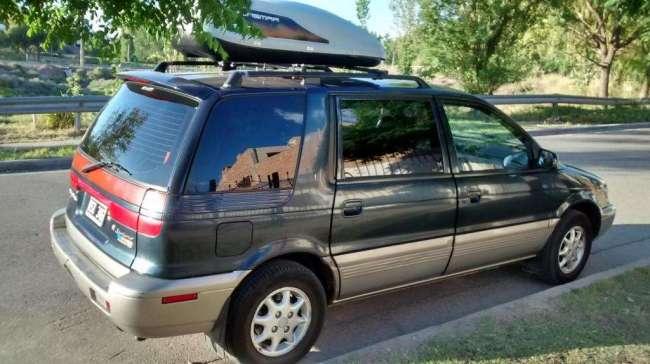 Titular Vende Hyundai Santamo 2001, Contactarse.
