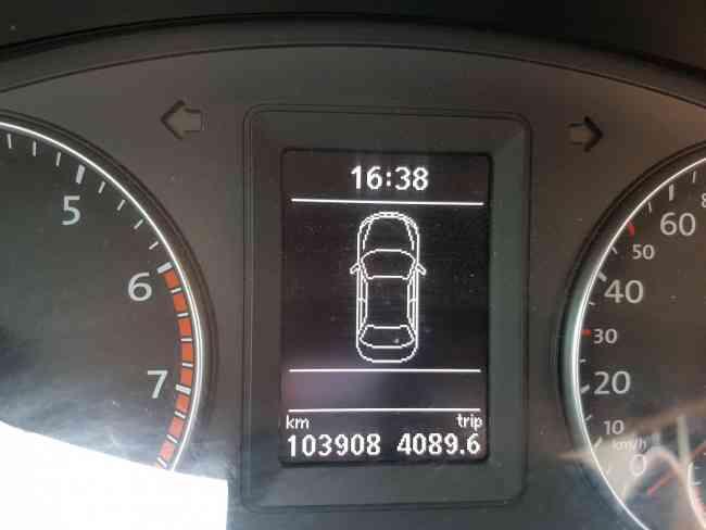 Volkswagen vento 2.5 luxury tiptronic 2013