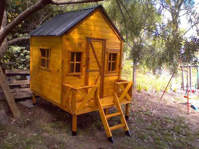 Casas de madera infantiles para ni os casas arboles - Como se hace una casa de madera ...
