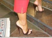 Mujeres con lindas piernas y lindos pies