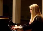 Profesora de piano acústico electrico y teclados