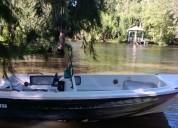 Traker 5,70 - alto paraná - muy robusto - permuto por auto o embarcación más pequeña.