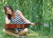 Profesora de guitarra y canto floresta vdelparque