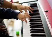 Clases de teclados piano e improvisación