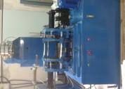 Maquina sopladora de envases plasticos