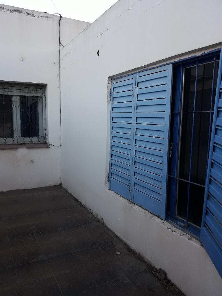 Vendo amplia casa B°alta Cordoba