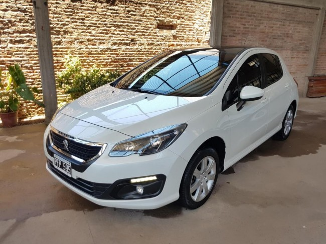 Impecable Peugeot 308 1.6 Allure Nav 2015