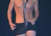 Joven stripper y modelo