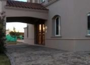 Casa de cuatro dormitorios en el barrio cerrado