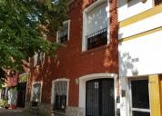 Se vende importante casa en calle 10 e 40 y 41 4 dormitorios