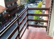2 ambientes la calle con 2 balcones