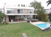Impecable casa de 4 ambientes en venta