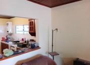 Alquilo casa 2 dormitorios de 75 m2 cochera.