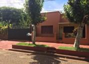 Alquilo casa 3 dormitorios cochera amplia cercania banco macro av uruguay en posadas