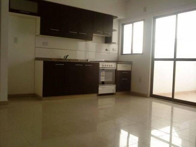 Villa Luro Depto 2 ambientes grandes tipo ph en primer y segundo piso terraza propia 1 dormitorios