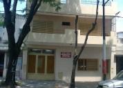 Dueno casa tres dormitorios con galpon y entrada pasante en rosario