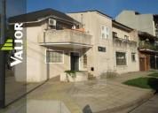 Departamento tipo casa de 2 ambientes al frente con balcon 1 dormitorios
