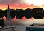 alquiler excelente casa sobre lote al agua en nordelta barrio los lagos 3 dormitorios