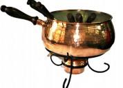 Fondue con calentador y 6 tenedores de bronce