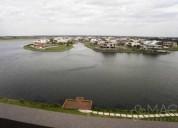 Aqua golf 1 dorm amoblado con vista al lago central 10 m2
