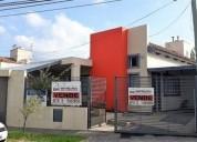 Smata frente al country de manantiales casa con pileta recibe menor 3 dormitorios 220 m2