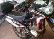 Vendo excelente moto corven triax