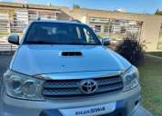 Toyota hilux sw4, contactarse.