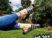 Zapatillas y zapatos por mayor y menor