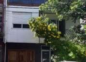 Excelente casa centrica con local comercial en alquiler en capital