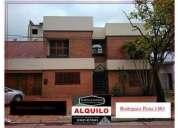 Rodriguez pena 1400 35 000 casa alquiler 3 dormitorios