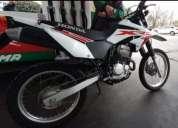 Honda semi nueva.