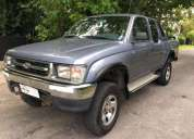 Toyota hilux 2000 280000 kms